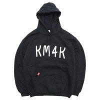 KM4K カモシカ|OG HOOD MOJI PARKA (ブラック)(ロゴ パーカー)