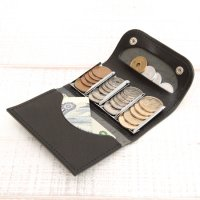 KUBIKI LEATHER COIN CATCHER WALLET (BLACK)