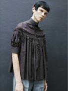 Scye コットンリネン高密度タックシャツ-半袖-(ダークブラウン)【ウィメンズ】