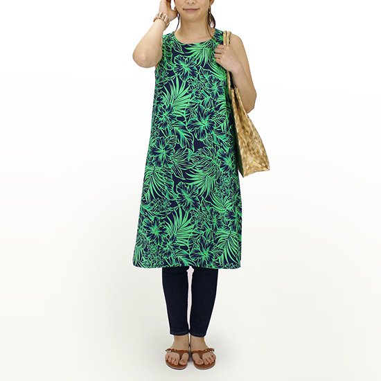 ルームウェア ワンピース ネイビーと緑のハイビスカス柄 Mサイズ Lサイズ 71022-2566BLGN