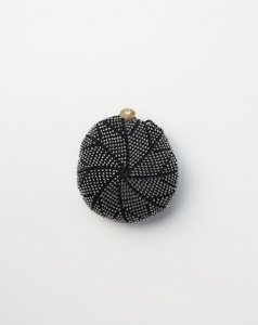 Beads Knitting for silk lace , black  color   シルクレースビーズ編み ブラック