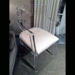 <b>【NYデザイナーズ家具】</b>アクリル家具 アームチェア (W48×H81cm)