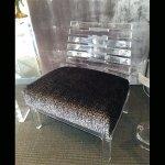 <b>【NYデザイナーズ家具】</b>アクリル家具 ローチェア (W64×H76cm)