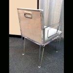 <b>【NYデザイナーズ家具】</b>アクリル家具 アームチェア (W46×H82cm)