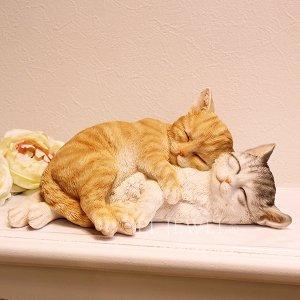 子猫のオブジェ お昼寝キャット