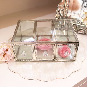 <b>【完売】</b>キラキラ☆ジュエリーBOX<img class='new_mark_img2' src='https://img.shop-pro.jp/img/new/icons47.gif' style='border:none;display:inline;margin:0px;padding:0px;width:auto;' />