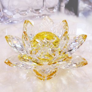 <b>【完売】</b>キラキラ★クリスタルオブジェ・蓮華・イエロー(W20cm)<img class='new_mark_img2' src='https://img.shop-pro.jp/img/new/icons47.gif' style='border:none;display:inline;margin:0px;padding:0px;width:auto;' />