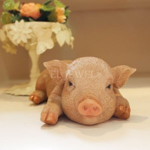 子豚のオブジェ♪うたたねピッグ(W21cm)