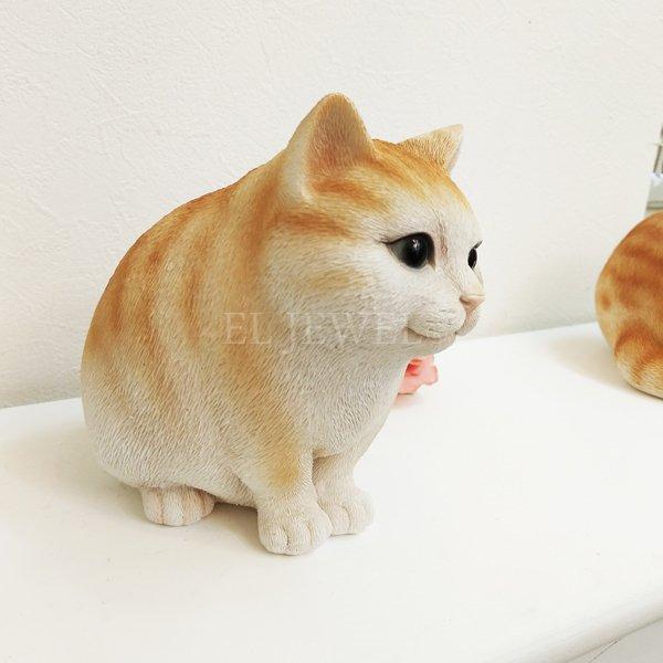 【入荷未定】 アニマルオブジェ♪ファットキャット・おすわり猫(W15.5×D11.5×H14.5cm)