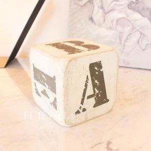 <b>【即納可!】</b>木製サイコロ・ホワイトS・アルファベット(A/B/C/D/E/&)