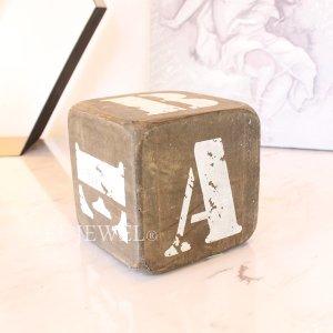 <b>【即納可!】</b>木製サイコロ・ブラウンS・アルファベット(A/B/C/D/E/&)