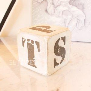 <b>【即納可!】</b>木製サイコロ・ホワイトS・アルファベット(P/Q/R/S/T/.)