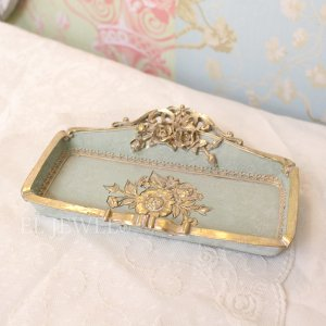 <b>【即納可!】</b>アンティークローズ・トレー<グリーン>(W18cm)<img class='new_mark_img2' src='https://img.shop-pro.jp/img/new/icons57.gif' style='border:none;display:inline;margin:0px;padding:0px;width:auto;' />
