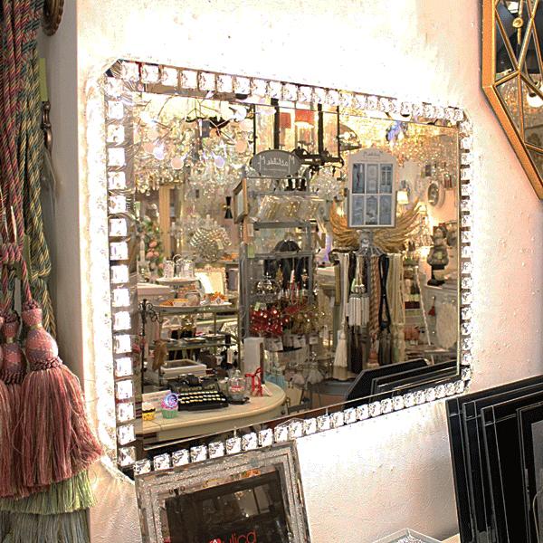 【即納可!】調光可能!キラキラLIGHT♪LED照明付きウォール女優ミラー♪スクエア型(W57×H79cm)