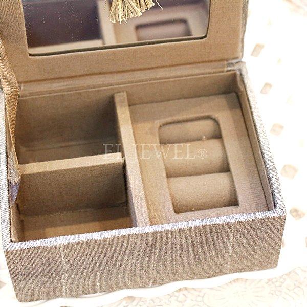ビーズ刺繍ミニジュエリーボックス・セージ(11.5×8.5×4.5cm)