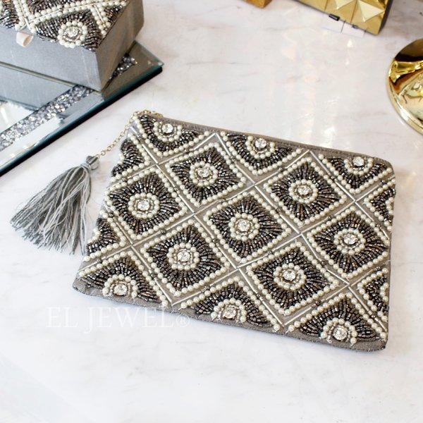 【即納可!】ビーズ刺繍フラットポーチ・シルバー(20×15cm)