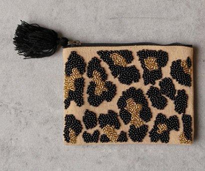 ビーズ刺繍フラットポーチ・レオパード(14×10cm)