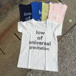 [ NATURAL LAUNDRY] ロゴTシャツ(low of universal )