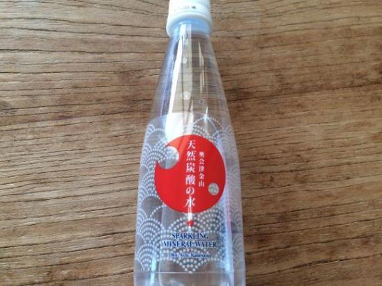 奥会津金山 天然炭酸の水 350MLペットボトル の通販 | カラメル