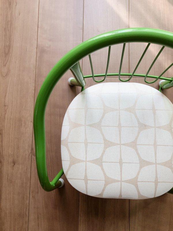 「あさがおホワイト」豆椅子