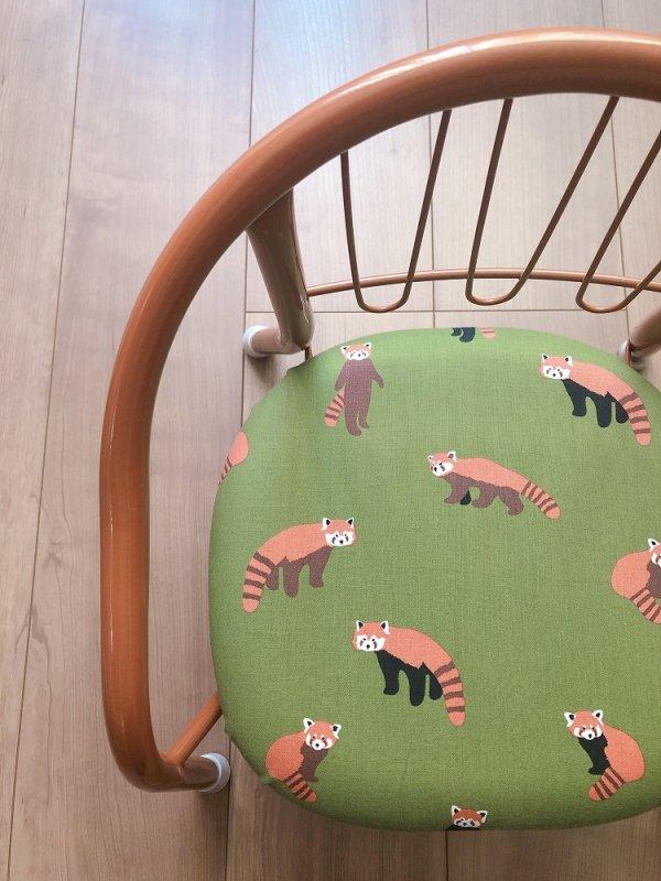 「レッサーパンダ」豆椅子