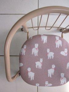 「アルパカ」豆椅子