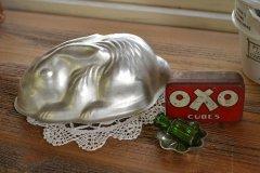 可愛いうさぎのゼリーモールド アルミ製 イギリス 小物入れにぴったり