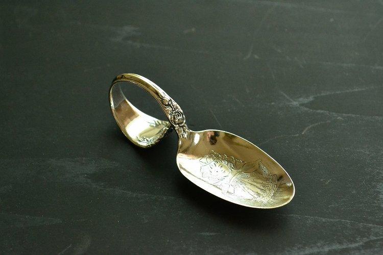 アンティークシルバーの赤ちゃんスプーン/ベビースプーン スターリングシルバー・銀器(925 純銀) アメリカです。