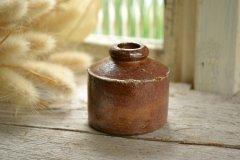 陶器製のアンティークインクポット