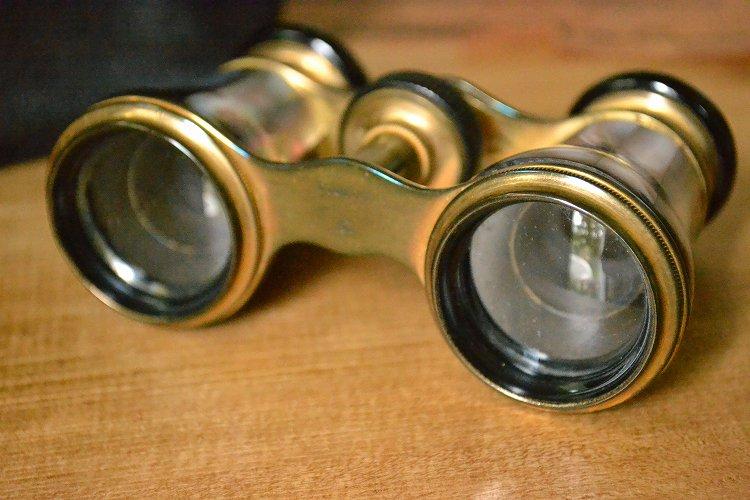 送料無料!アンティーク オペラグラス/双眼鏡 マザーオブパール ケース付きです。
