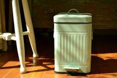 ペダルビン スクエアS ライトグリーン 61822 ダストボックス ペール ふた付き ゴミ箱 ポッシュリビング PL