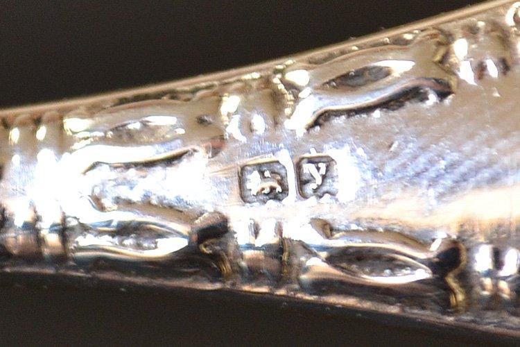 アンティークシルバーのルーペ・虫眼鏡 英国スターリングシルバー・銀器(925 純銀) バーミンガム 1907年です。