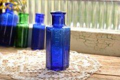 サンプルサイズのポイズンボトル コバルトブルー ミニボトル 薬瓶 NOT TO BE TAKEN