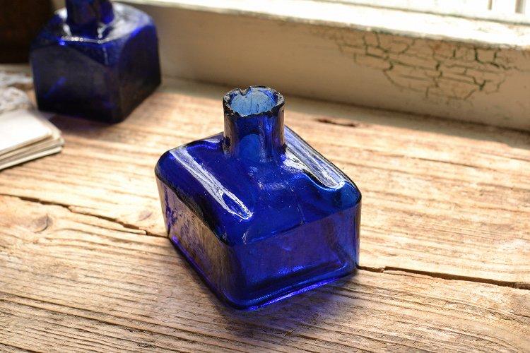 レア!コバルトブルーの四角形インク瓶