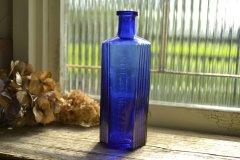 アンティークボトル ポイズンボトル/薬瓶 NOT TO BE TAKEN 8oz コバルトブルー