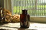 濃い茶色のアンティークボトル イギリス