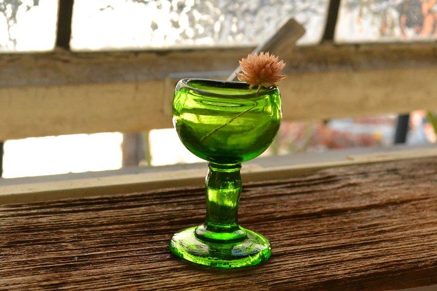 グリーンのアイカップ