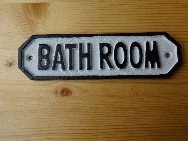 サインプレート BATH ROOMです。