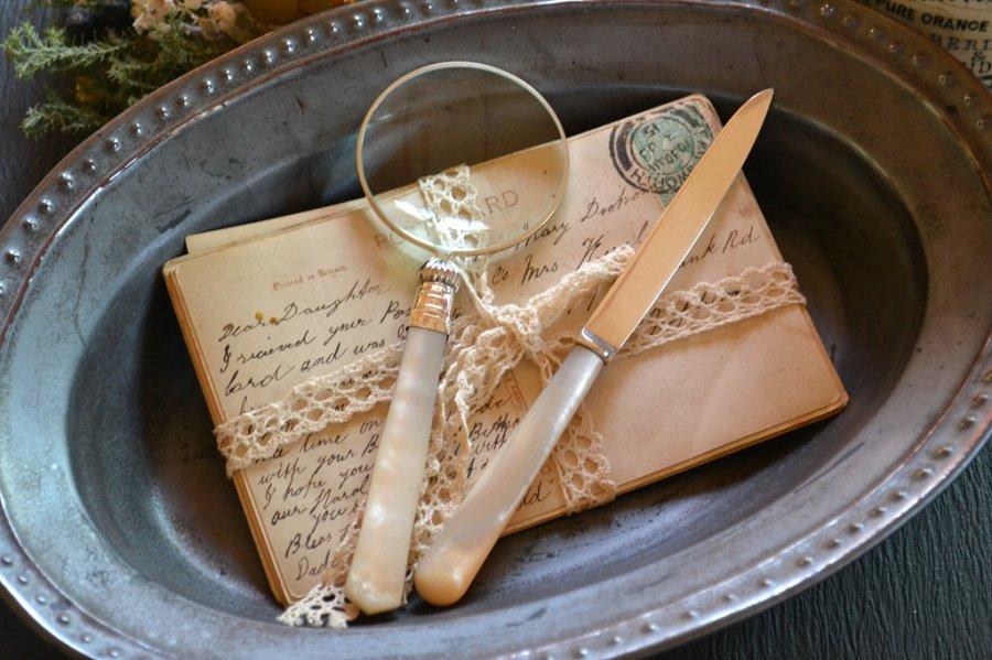 アンティークシルバーとマザーオブパールのペーパーナイフ/レターオープナー 英国スターリングシルバー・銀器(925 純銀) シェフィールド 1926年です。