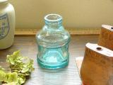 大きな薄いブルーのインク瓶(INK BOTTLE CYLINDER ICE BLUE LARGE)