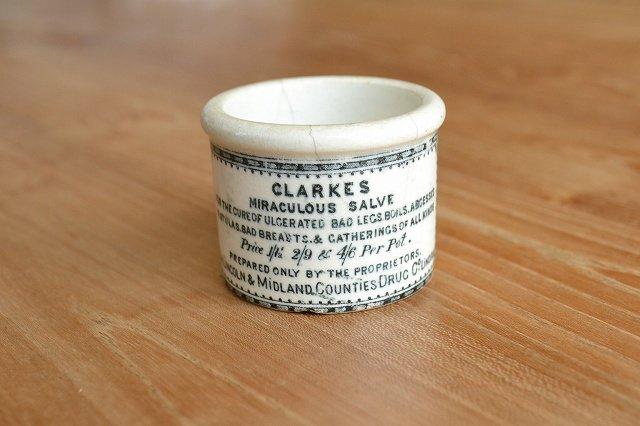 レア!希少!小さなかわいい軟膏ポット 美品 CLARKES MIRACULOUS SALVE
