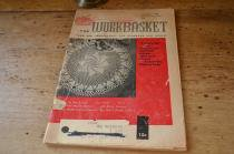 古い編み物の小冊子/THE WORKBASKET Nobember,1959 Volume24 Number4