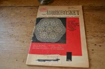 古い編み物の小冊子/THE WORKBASKET May,1959 Volume24 Number8
