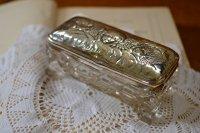 アンティークシルバーのキャップが付いたケース スターリングシルバー・銀器(925 純銀)