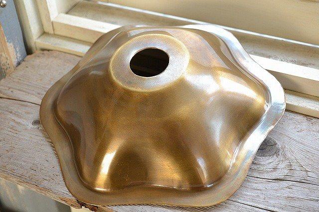 BRASSハンギングランプ/花の形/引掛けシーリング付きです。