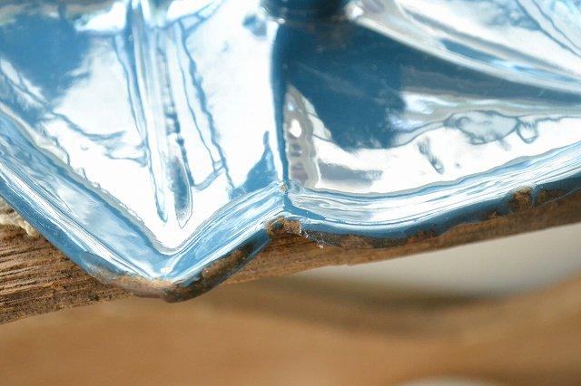 アンティーク ホウロウ キャンドルホルダー/ブルー/葉っぱの形です。