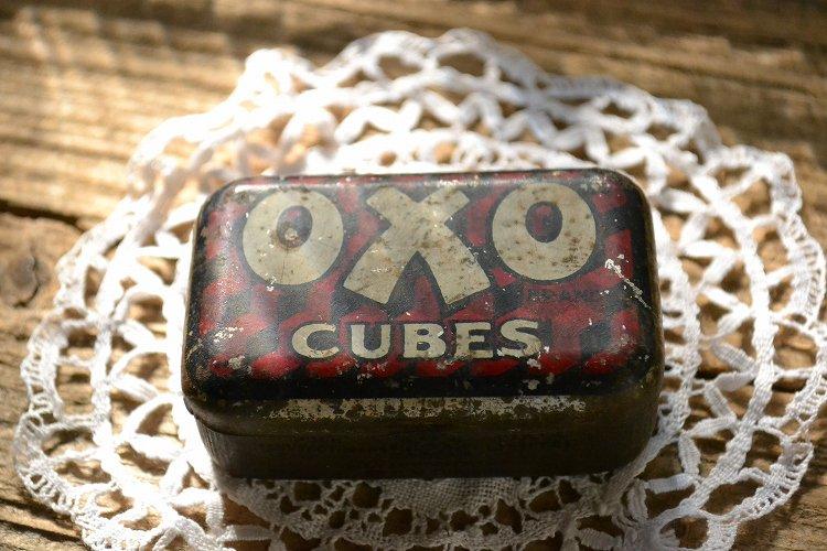 シャビーなオクソOXOブリキ缶/ティンケース/インテリア/ディスプレイです。