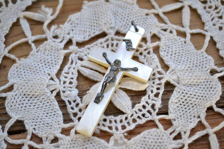 アンティーク ロザリオ ペンダント トップ イエス クロス(十字架)です。