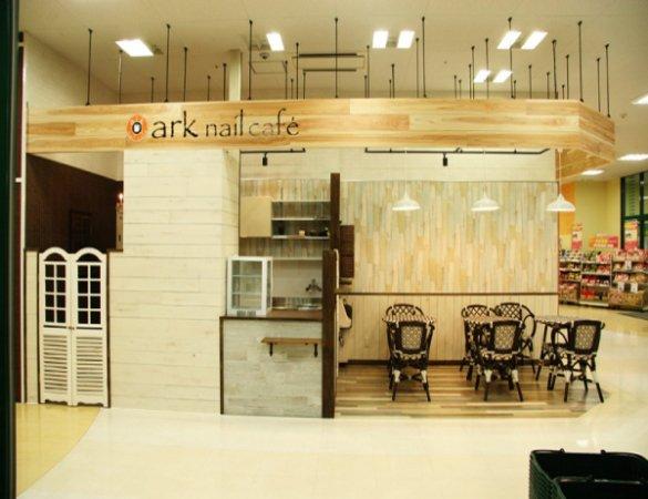 店舗デザイン アークネイルカフェ様 新装工事
