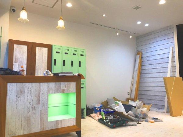 仙台市若林区 美容室様看板取付&家具納品!